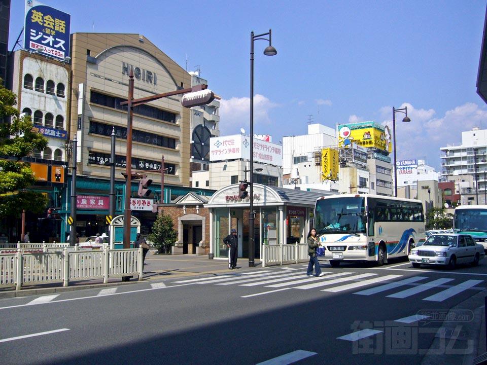 伊予鉄松山市駅北口前写真画像